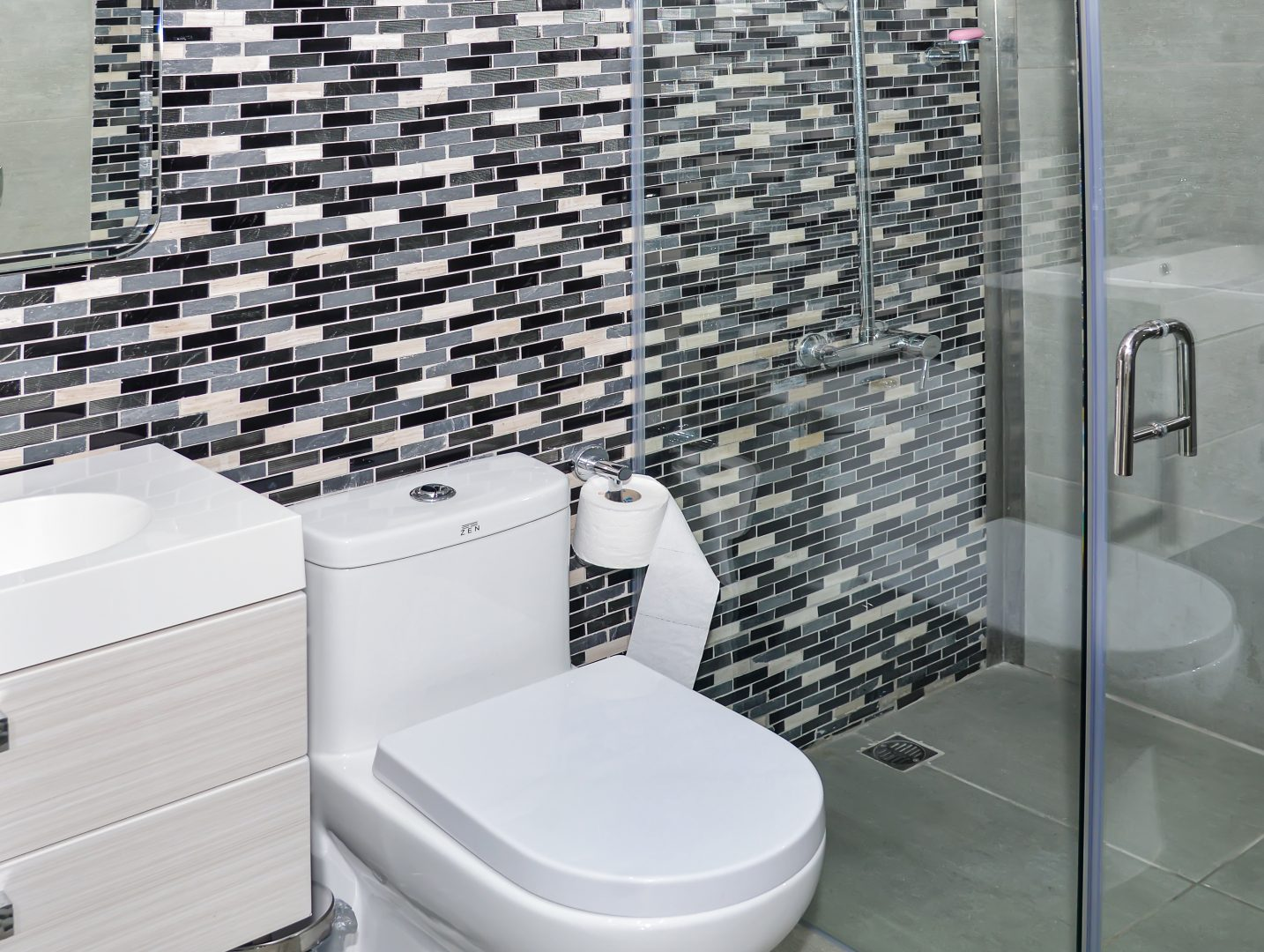 Ground Floor Room-11 Bathroom