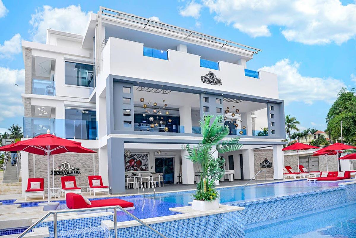 Complete Villa